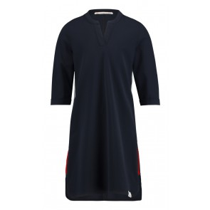 Penn&Ink stretch jurk van travel quality met rode bies in de kleur zwart