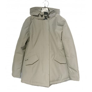 Airforce kids girls winterjas 2 pocket parka classic in de kleur silver sage zachtgroen