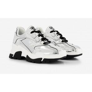 Nik en Nik Liz silver sneaker in de kleur zilver/metallic