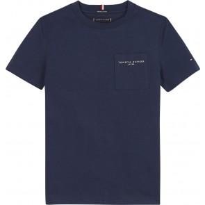 Tommy hilfiger kids boys essential pocket tee shirt in de kleur donkerblauw
