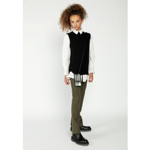 AI&KO kids girls flared broek Tessine in de kleur safari green groen